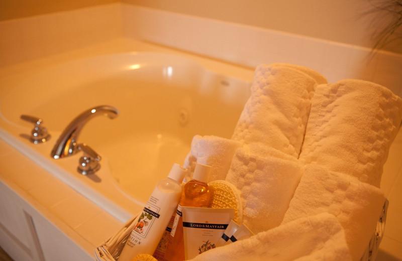 Guest bathroom at Edgewater Resort.