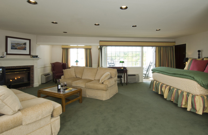 Guest room at Mill Falls at the Lake.