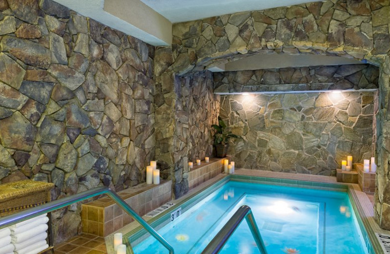 Indoor hot tub at Westgate Park City Resort & Spa.