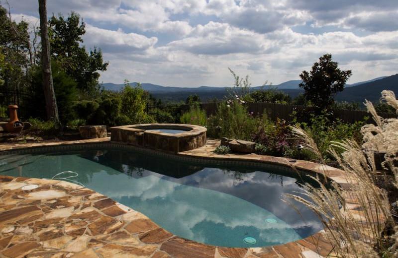 Cabin pool at Georgia Mountain Rentals.