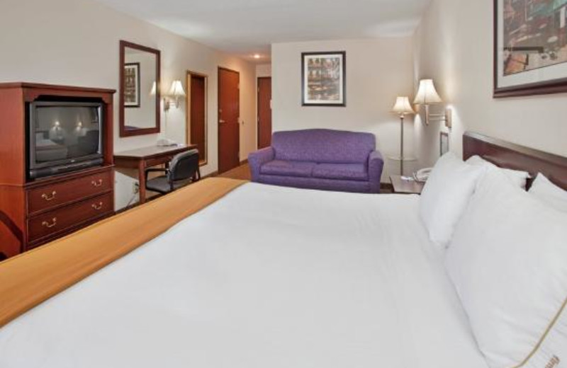 Deluxe guest room at Holiday Inn Express Osage Beach.