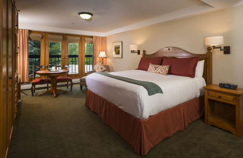 Guest room at The Pines Lodge, A RockResort.