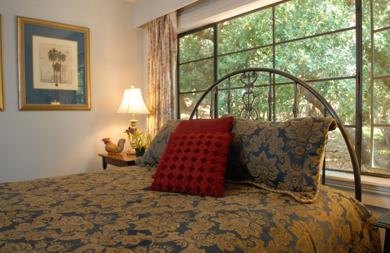 Guest room at Sonoma Orchid Inn.