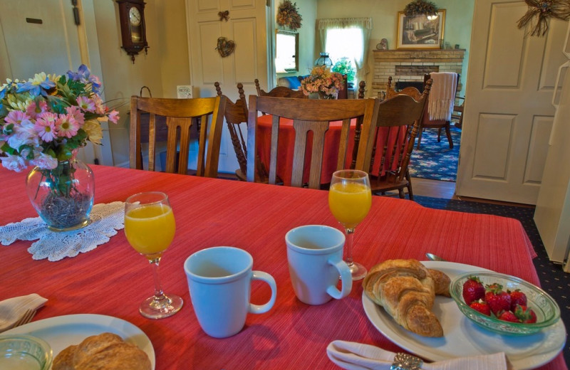 Breakfast at Shady Oaks Country Inn.