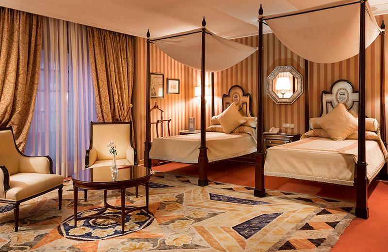Guest room at Hotel de la Reconquista.