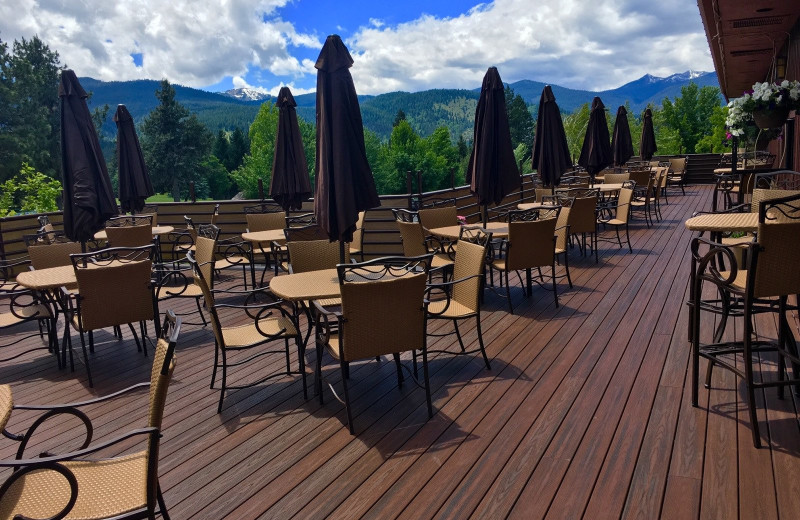 Dining patio at Mount Shasta Resort.