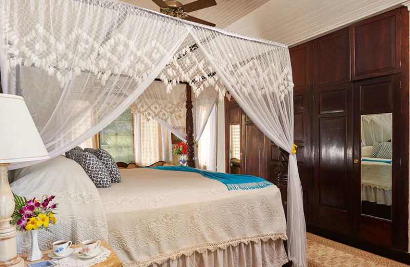 Guest bedroom at Bluefields Bay Villas.