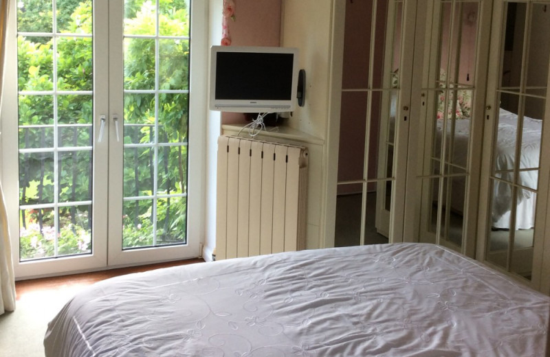 Guest room at Holly House B&B.