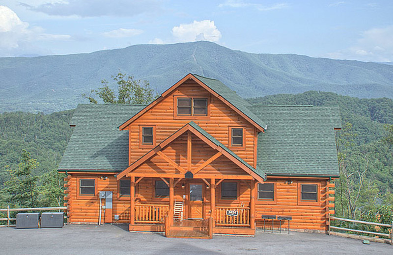 Large Cabin Rentals Pigeon Forge Tn Resort Reviews