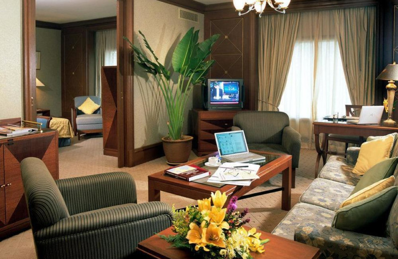 Guest room at Sama-Sama Kuala Lumpur International Airport.