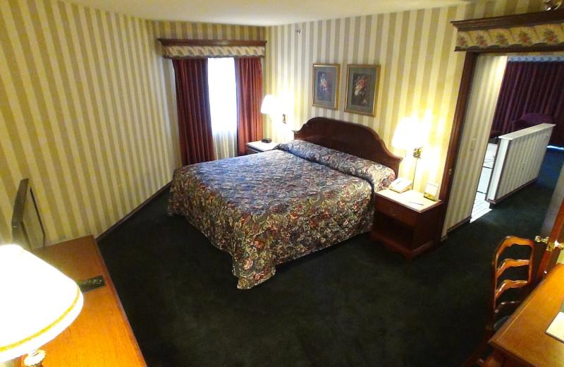 Guest bedroom at Bayshore Resort.