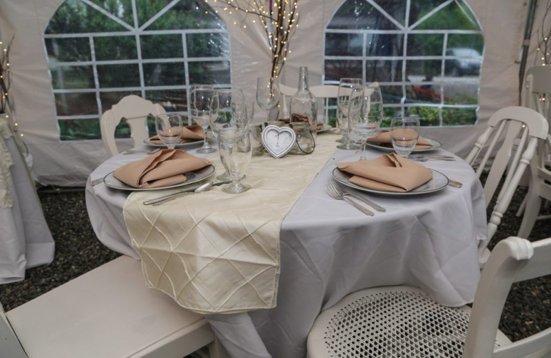 Wedding at Phineas Swan Bed and Breakfast