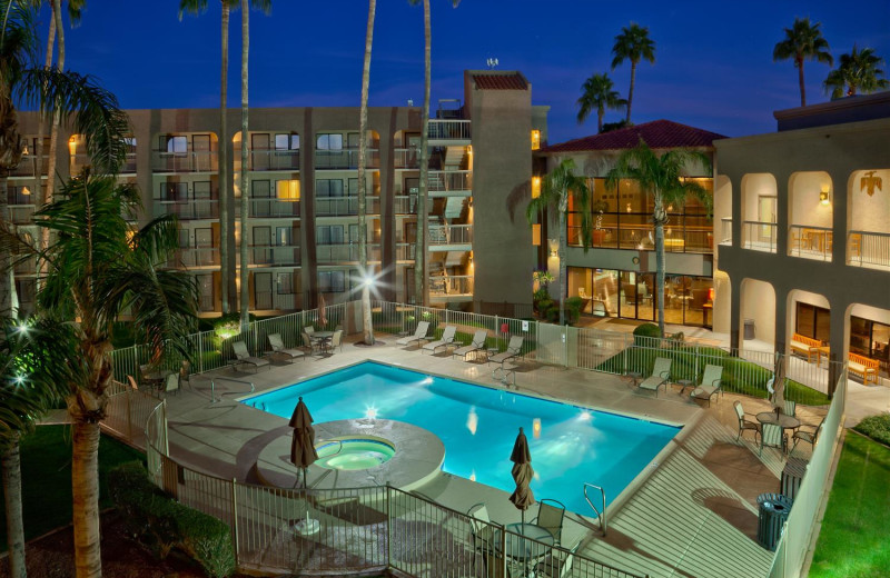 Exterior view of Best Western Plus Scottsdale Thunderbird Suites.
