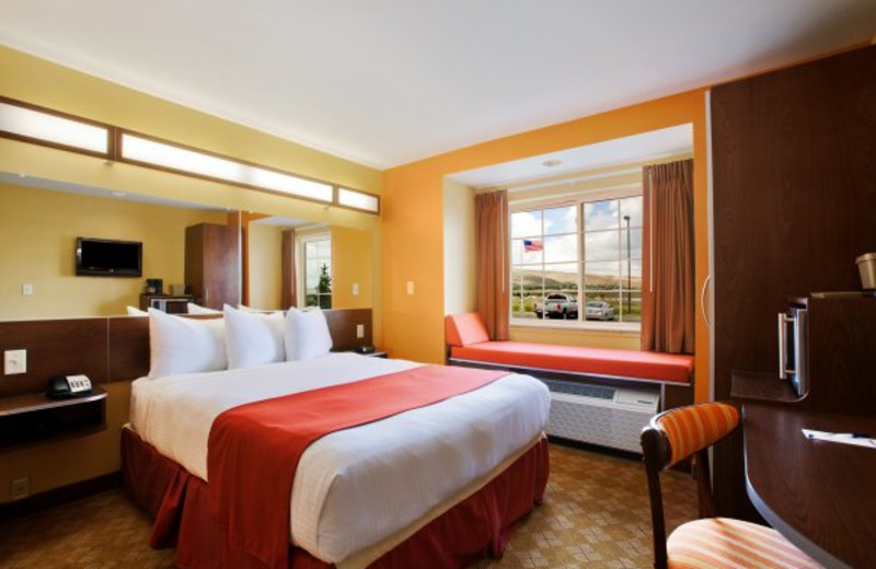 King suite at Pronghorn Inn & Suites Rawlins.