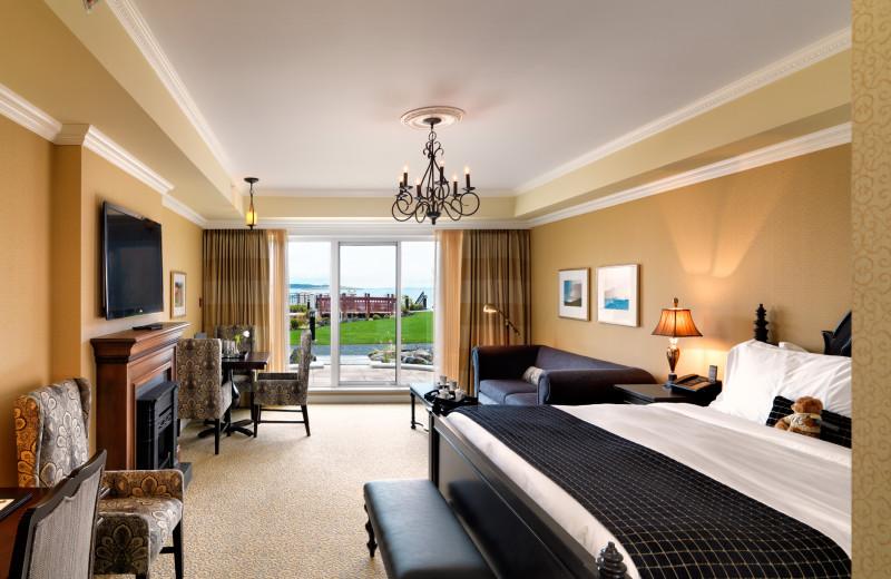 Guest room at Oak Bay Beach Hotel.