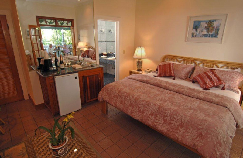 Guest bedroom at The Heron House & Heron House Court.