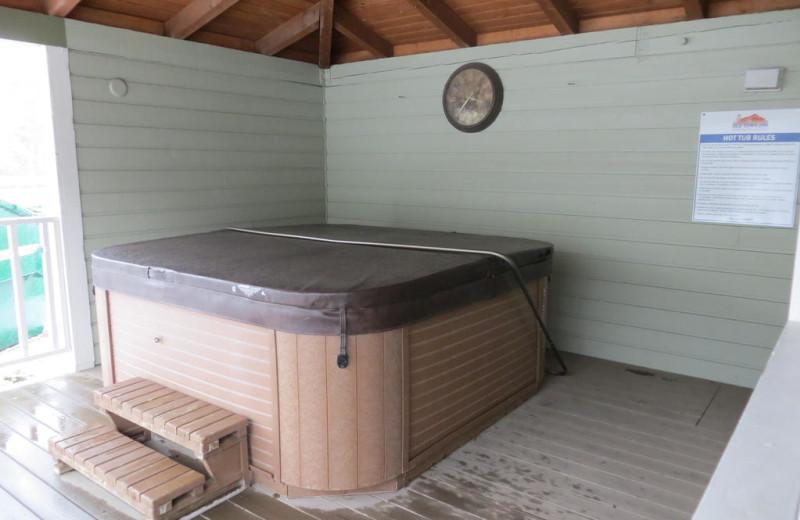 Hot tub at Old Town Inn.