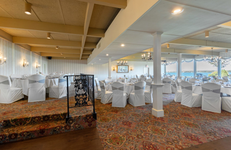 Weddings receptions at Gran-View On The River.
