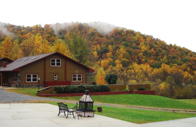 Fall at the Compassionate Expressions Mountain Inn & Cabins