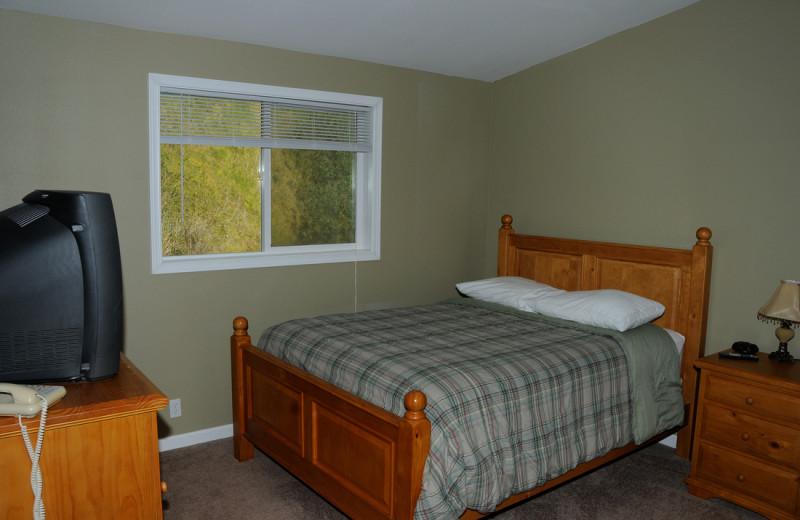 Bedroom at Retreats & Reunions R&R House.