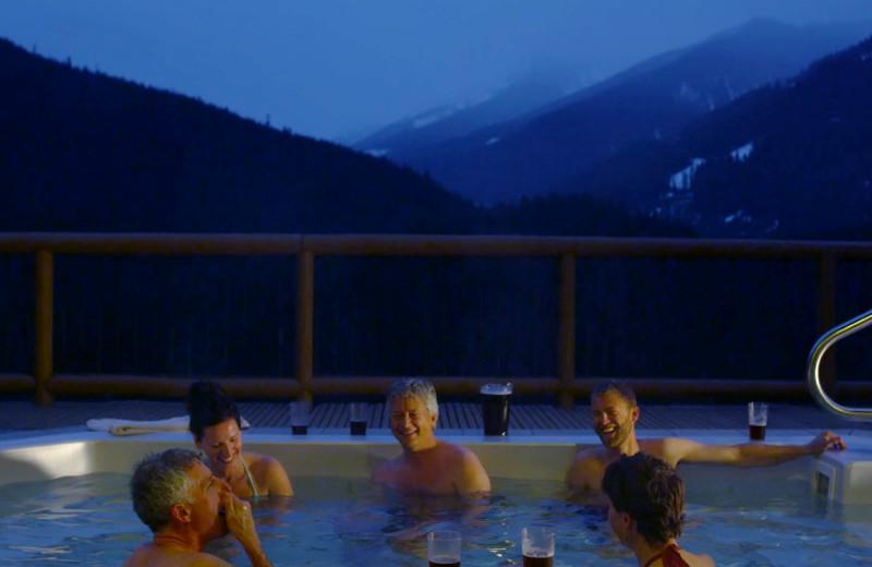 Hot tub at Bugaboos Lodge.