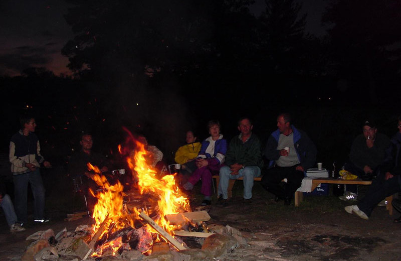 Bonfire at Hall's Housekeeping Cottages.