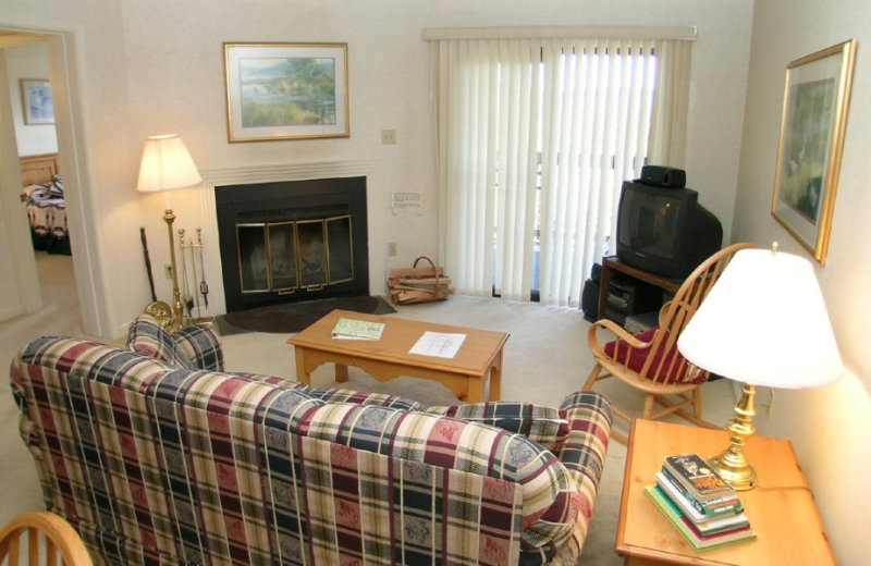 Vacation rental living room at Beaver Ridge and Northpoint.