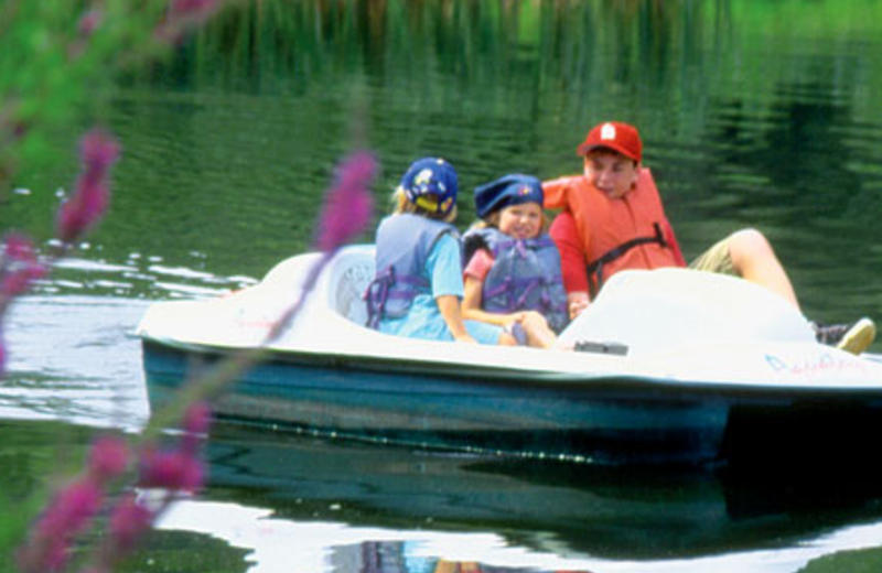 Boating at Pinegrove Ranch