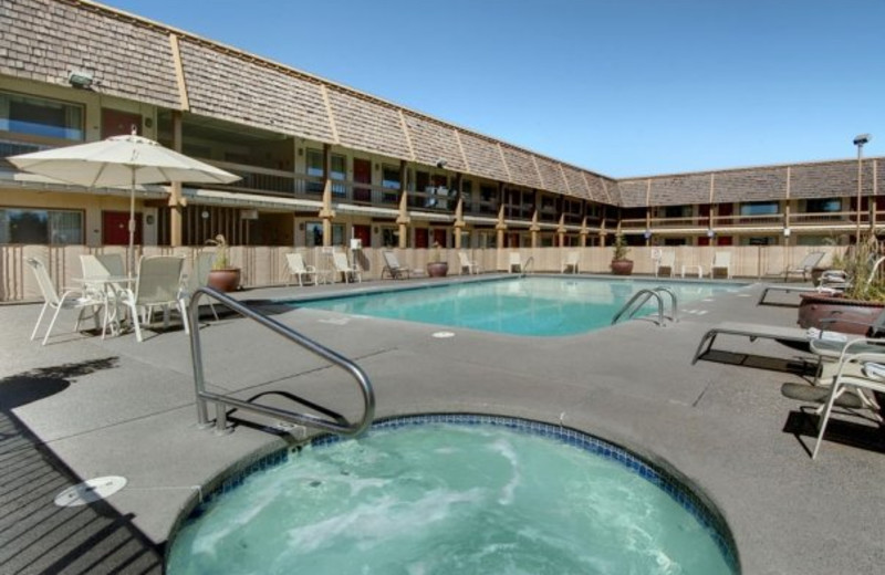 Outdoor pool at Red Lion Hotel Bend.