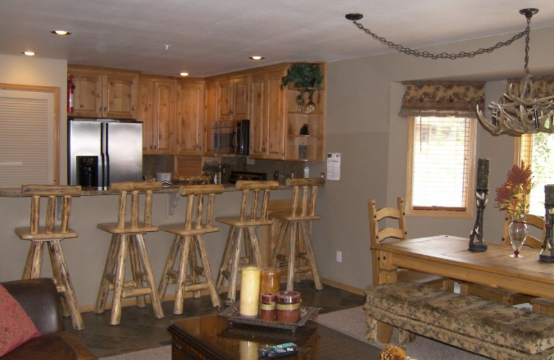 Guest kitchen at Rocky Mountain Resort Management.