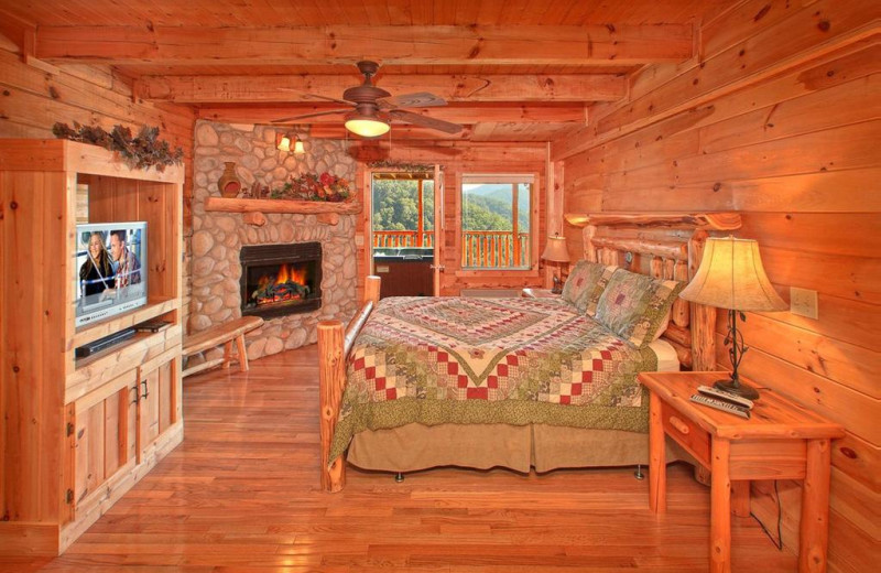 Rental bedroom at American Mountain Rentals.
