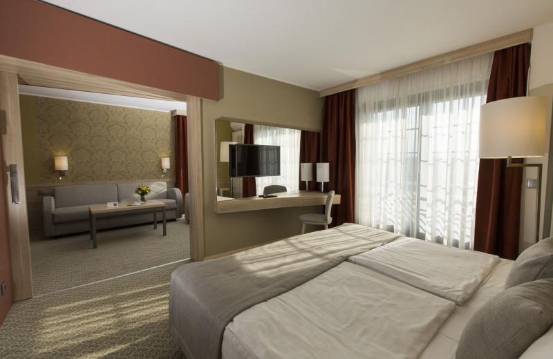 Guest room at Danubius Thermal Hotel Aqua.