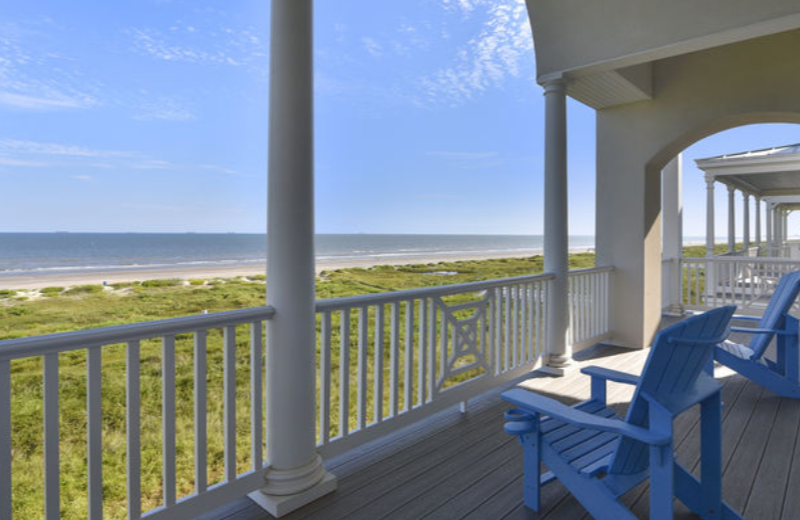Ryson Vacation Rental offers some of the best beachfront vacation rentals on the island - homes on a budget to luxury.