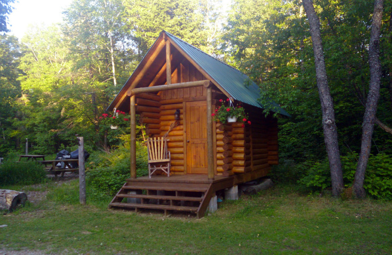 Sauna at Wolf Den Hostel and Nature Retreat.