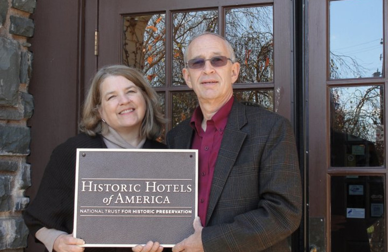 The Settlers Inn is on the Historic Hotels of America List.