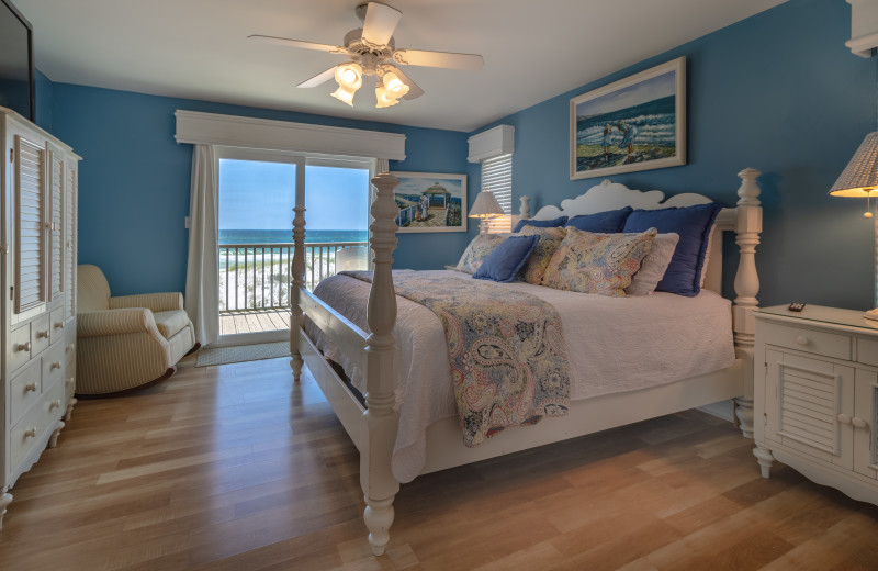 Rental bedroom at Paradise Gulf Properties.