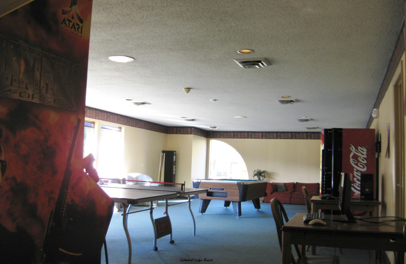 Recreation room at Cathedral Ledge Resort.