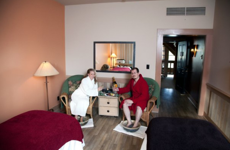 Couple at the spa at Sun Mountain Lodge.