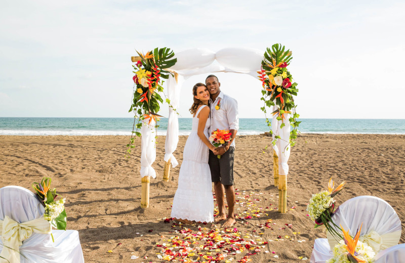 Beach wedding at Croc's Resort & Casino.