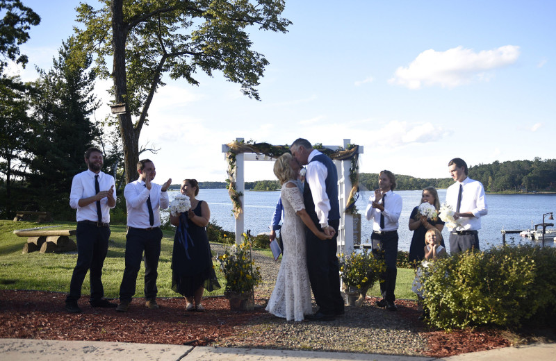 Weddings at Big Sandy Lodge & Resort.