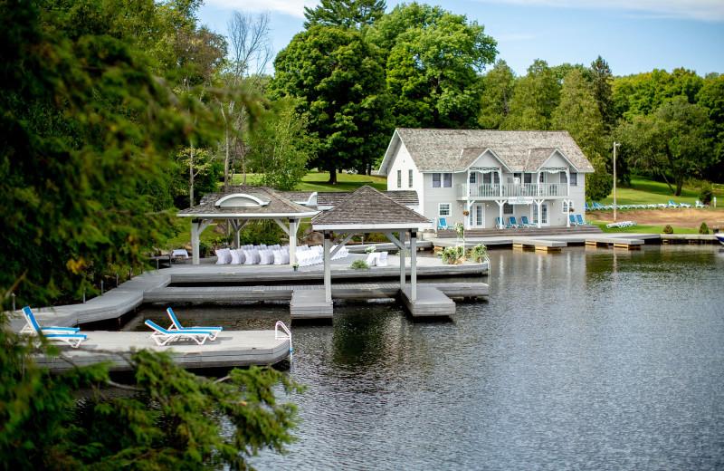 Exterior view of Port Cunnington Lodge & Resort.
