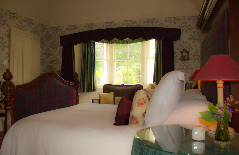 Guest room at Down House.