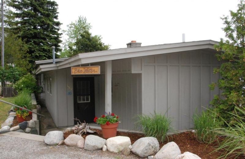 Cabin exterior at Chimney Corners Resort.