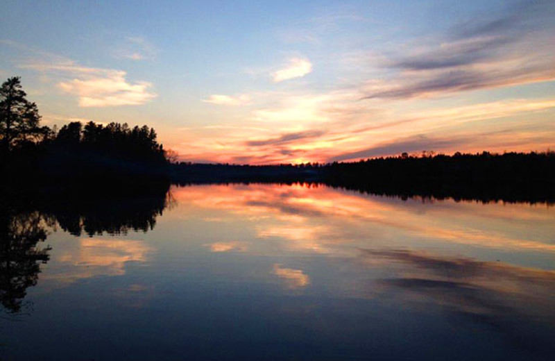 Lake sunset at Timber Wolf Lodge Cabins.