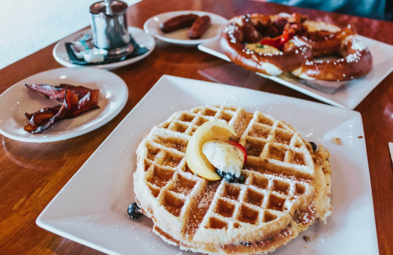 The Golden Arrow's Restaurant, Generations, serves breakfast daily from 7am-11am.