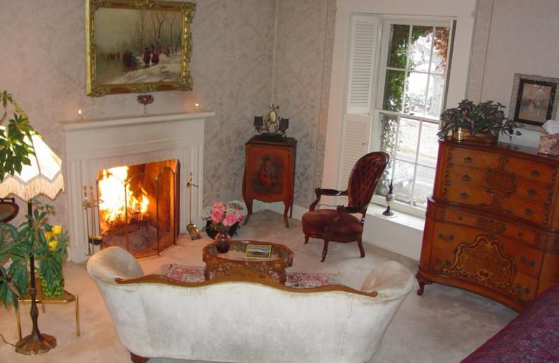 Living room at Morgan-Samuels Inn.