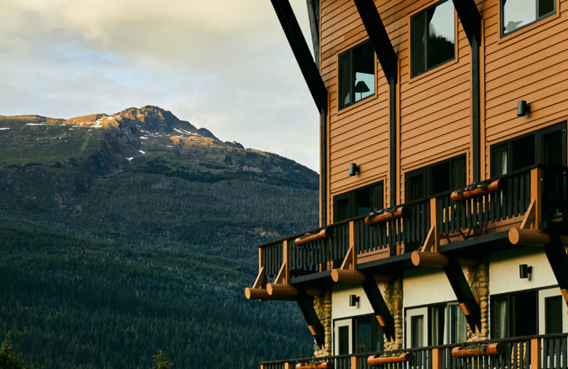 Exterior view of CMH Cariboos Lodge.