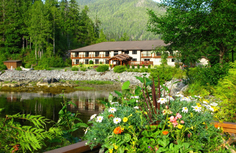 Exterior view of Eagle Nook Wilderness Resort and Spa