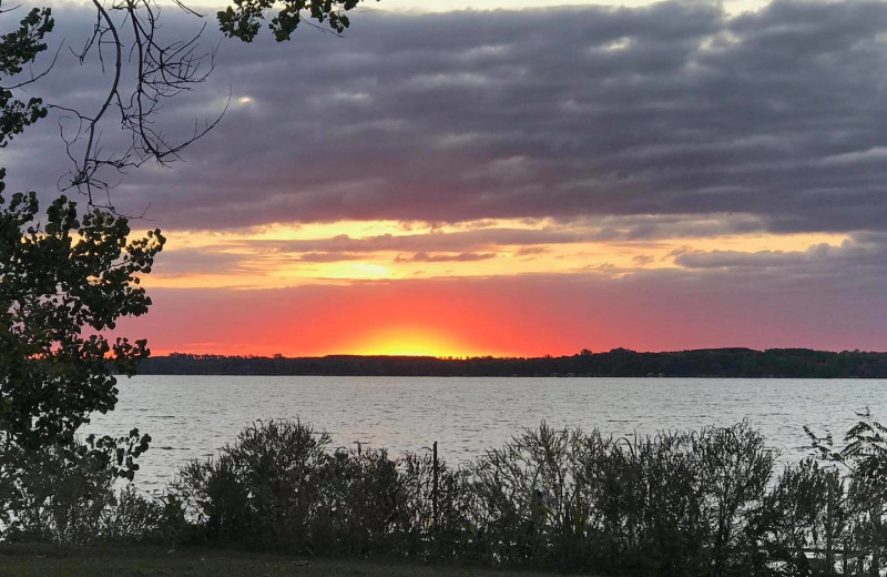 Sunset at Bonnie Beach Resort.