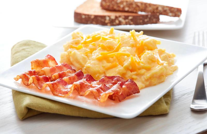 Breakfast at Fairfield Inn & Suites - Stevensville.